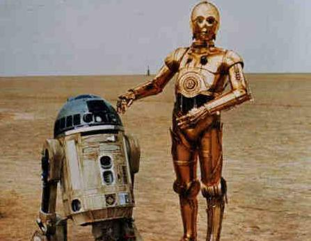 C3P0 and R2D2 in Happy Times!